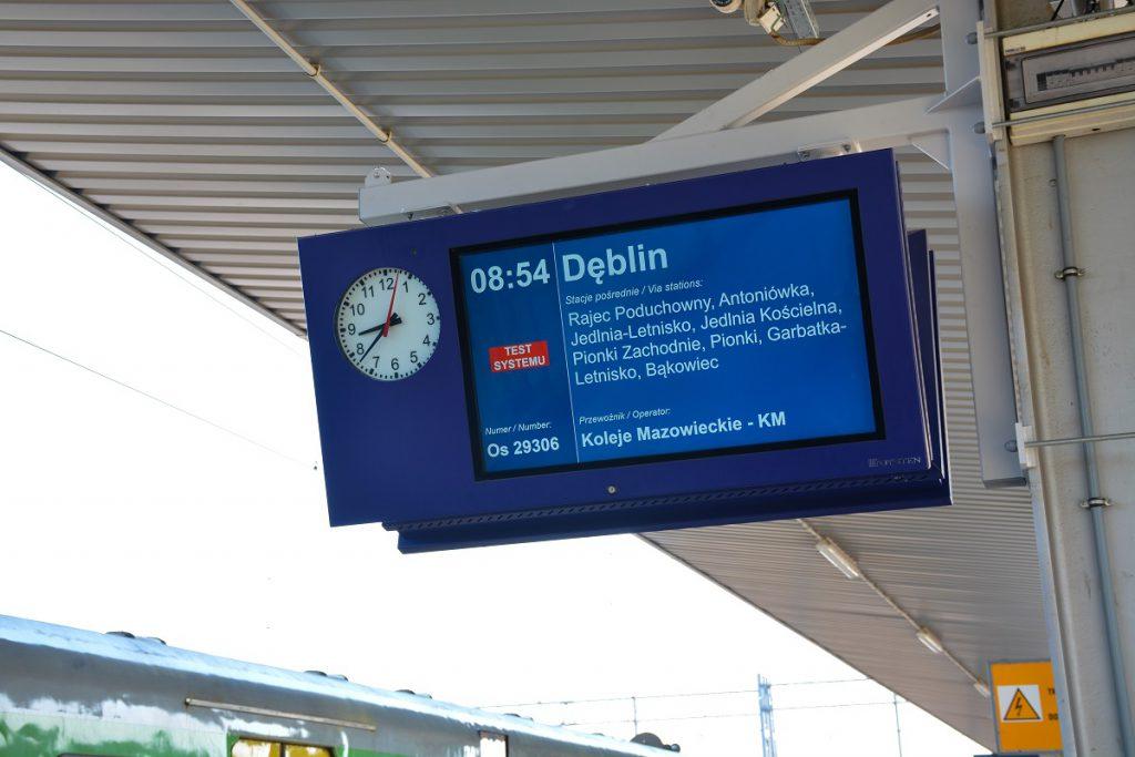 wyświetlacz LCD TFT na peron